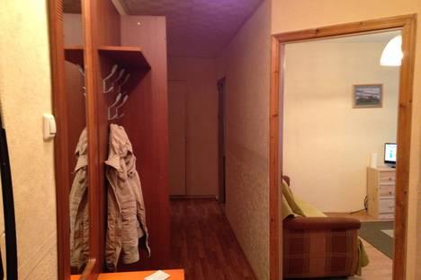 Сдается 3-комнатная квартира посуточнов Зеленогорске, ул. Гусева, 12.