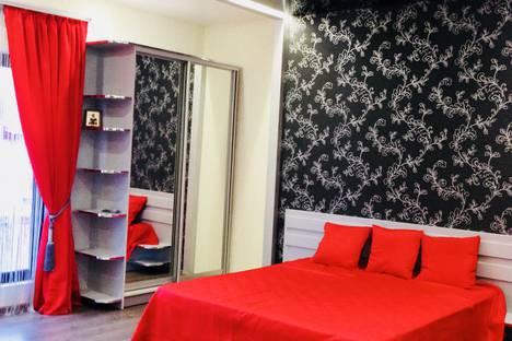 Сдается 1-комнатная квартира посуточно в Саках, переулок Пионерский д. 23.