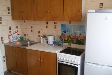 Сдается 1-комнатная квартира посуточно в Сергиевом Посаде, ул. Глинки, д.8-а.