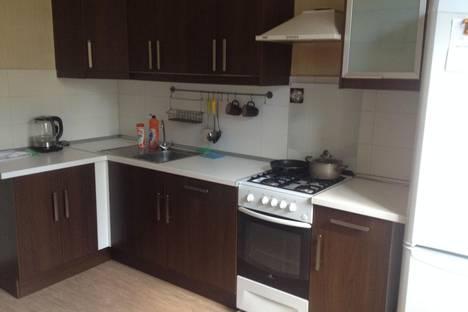 Сдается 2-комнатная квартира посуточно, Красина 70.