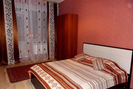 Сдается 2-комнатная квартира посуточно в Дмитрове, ул.Московская, 8.