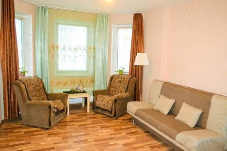 Сдается 3-комнатная квартира посуточно, Волжская набережная 15.