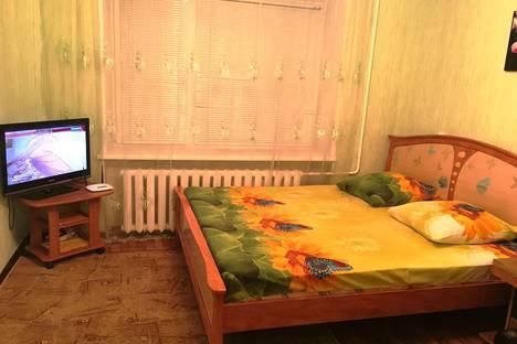 Сдается 1-комнатная квартира посуточно в Челябинске, Кирова, 15А.