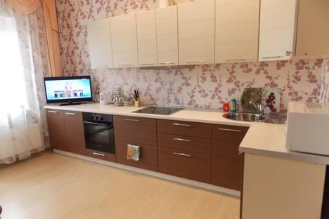 Сдается 3-комнатная квартира посуточно в Челябинске, К.Маркса,81.