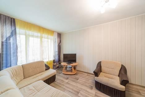 Сдается 2-комнатная квартира посуточно в Перми, Комсомольский проспект, 24.