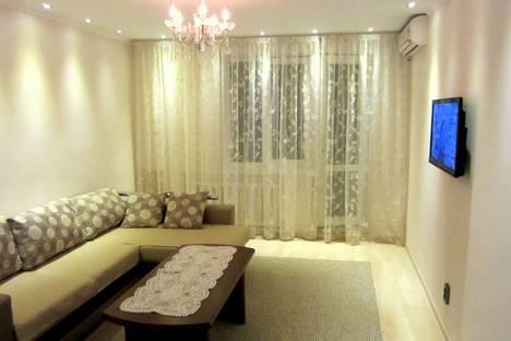 Сдается 2-комнатная квартира посуточнов Бишкеке, ул. Тоголбай Ата, 67.