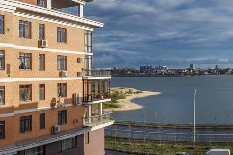 Сдается 2-комнатная квартира посуточнов Казани, Меридианная 1А.