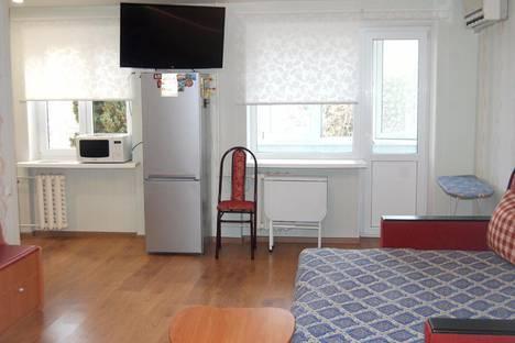 Сдается 2-комнатная квартира посуточно в Партените, ул.Солнечная 6.
