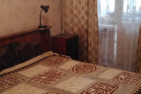 Сдается 2-комнатная квартира посуточнов Николаевке, Курортная 51.