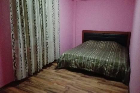 Сдается 3-комнатная квартира посуточнов Екатеринбурге, Кузнечная 79.