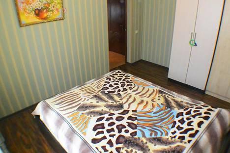 Сдается 2-комнатная квартира посуточно в Адлере, Демократическая 106.