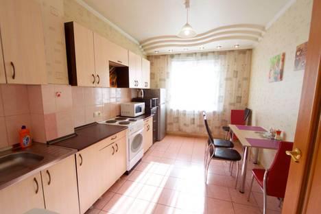 Сдается 3-комнатная квартира посуточно в Красноярске, ул. Взлетная, 28.