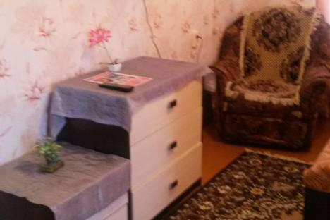 Сдается 1-комнатная квартира посуточно в Глазове, ул. Республиканская, 22.