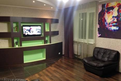 Сдается 1-комнатная квартира посуточно, ул. Кирова, 99б.
