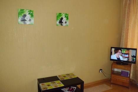 Сдается 1-комнатная квартира посуточнов Омске, ул. Перелета, 22 кор 1.