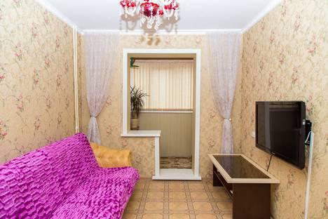Сдается 2-комнатная квартира посуточно в Южно-Сахалинске, ул. имени А.М. Горького, 62А.