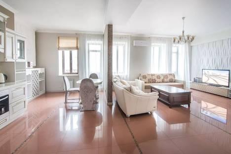 Сдается 3-комнатная квартира посуточно в Казани, Галактионова, 6.