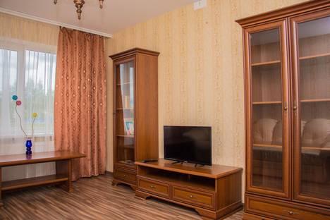 Сдается 3-комнатная квартира посуточно в Великом Новгороде, Завокзальная 12.