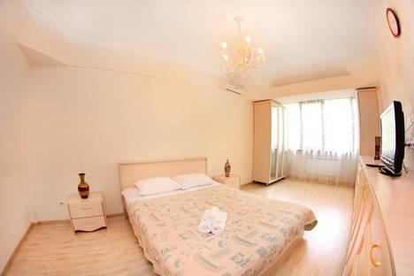 Сдается 1-комнатная квартира посуточно, Байсеитова, 45.