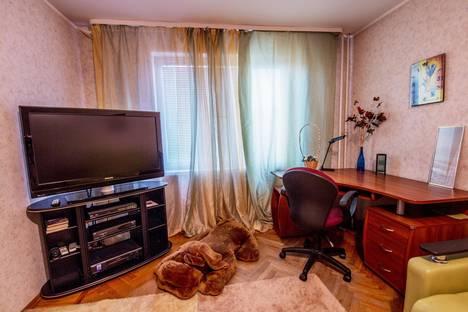 Сдается 2-комнатная квартира посуточнов Санкт-Петербурге, Богатырский проспект, 29к1.