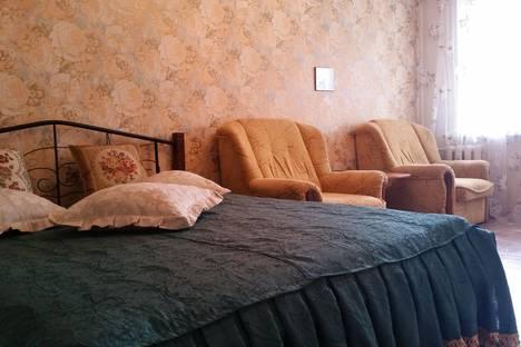 Сдается 1-комнатная квартира посуточнов Керчи, Ульяновых 74.