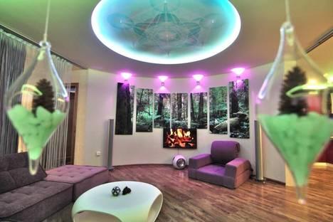 Сдается 3-комнатная квартира посуточнов Тюмени, Фабричная, 9.