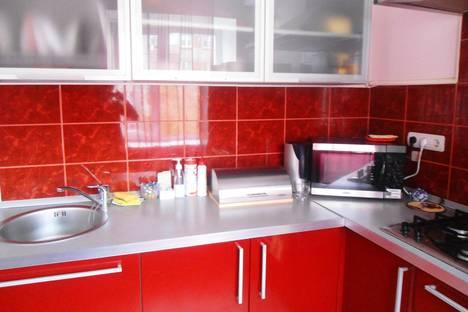 Сдается 1-комнатная квартира посуточно в Перми, Комсомольский проспект, 3.