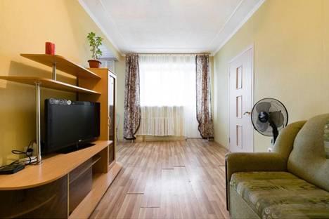 Сдается 2-комнатная квартира посуточно в Калуге, ул. Московская, 7.