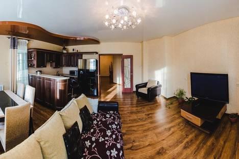 Сдается 3-комнатная квартира посуточно в Чите, Новобульварная, 34.