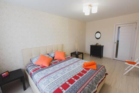 Сдается 2-комнатная квартира посуточно в Томске, Набережная Озера 22.
