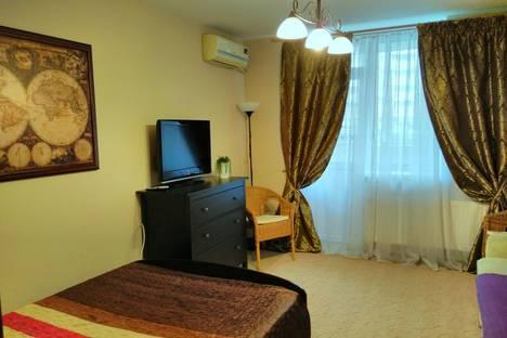 Сдается 1-комнатная квартира посуточно в Краснодаре, улица Дзержинского, 100.