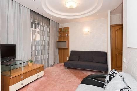 Сдается 2-комнатная квартира посуточнов Екатеринбурге, Свердлова, 60.