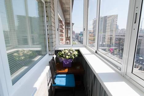 Сдается 1-комнатная квартира посуточнов Екатеринбурге, Малышева, 7.