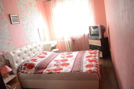 Сдается 2-комнатная квартира посуточнов Керчи, ул. Комарова, 2.