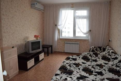 Сдается 1-комнатная квартира посуточно в Нижнем Новгороде, ул. 40 лет Победы, 21.