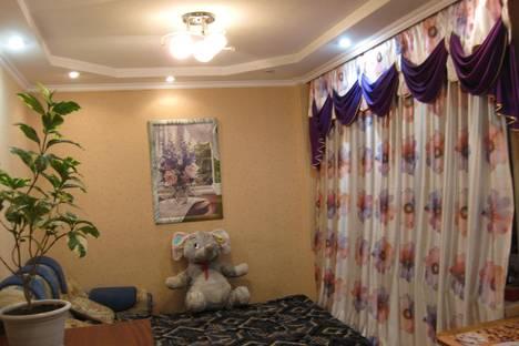 Сдается 1-комнатная квартира посуточнов Кургане, ул. Станционная, 35.