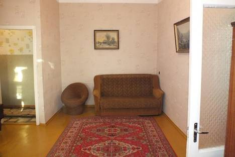 Сдается 2-комнатная квартира посуточнов Феодосии, Федько, 30.