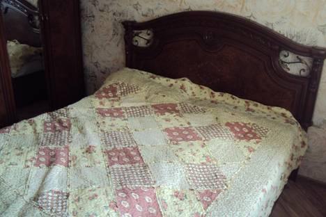 Сдается 1-комнатная квартира посуточнов Курске, Серегина, 24.