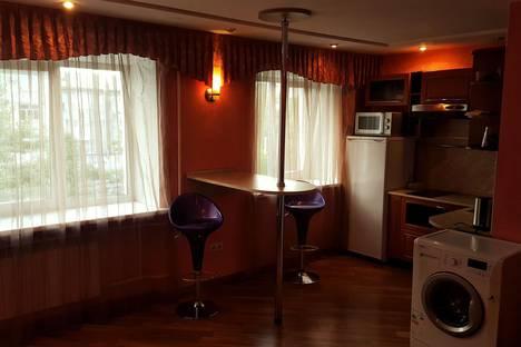 Сдается 1-комнатная квартира посуточнов Барнауле, проспект Ленина, 52.