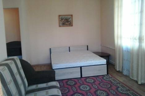 Сдается 1-комнатная квартира посуточно в Орле, ул. Комсомольская, 77.