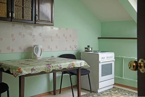 Сдается 1-комнатная квартира посуточно в Серпухове, ул. Калужская, 5, 2.