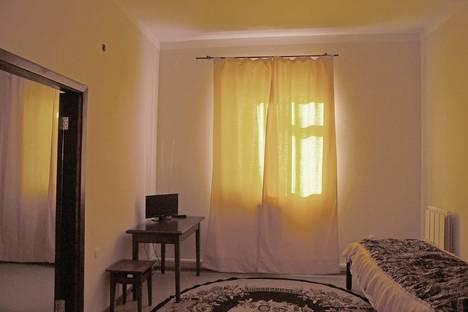 Сдается 1-комнатная квартира посуточно в Серпухове, ул. Революции, 21, 67.
