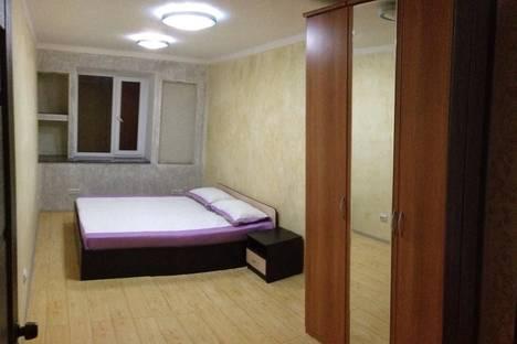 Сдается 2-комнатная квартира посуточнов Актау, 11 микрорайон 41 дом.