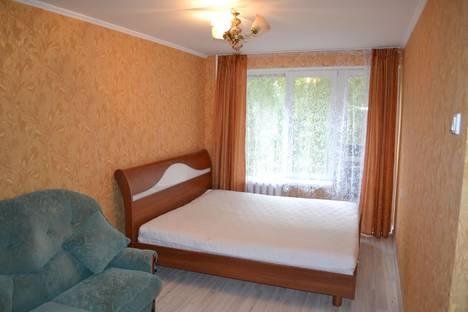 Сдается 2-комнатная квартира посуточнов Самаре, ул. Революционная,  79.