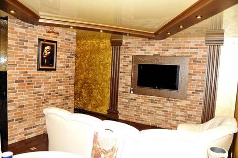 Сдается 3-комнатная квартира посуточно в Гомеле, ул. Чонгарской Дивизии, 1.