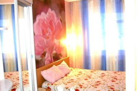 Сдается 2-комнатная квартира посуточно в Белокурихе, ул. Академика Мясникова, 26.