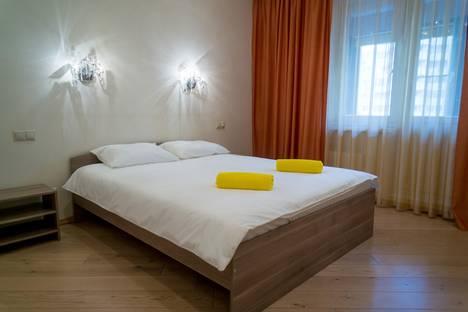 Сдается 2-комнатная квартира посуточнов Красногорске, Павшинский бульвар, 7.
