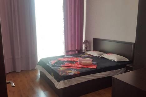 Сдается 2-комнатная квартира посуточно в Актау, 17 микрорайон 7 дом.