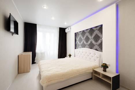 Сдается 2-комнатная квартира посуточнов Орле, Революции, 3к1.