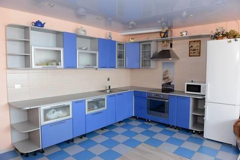Сдается 4-комнатная квартира посуточно в Уфе, рабкоров 2/7.
